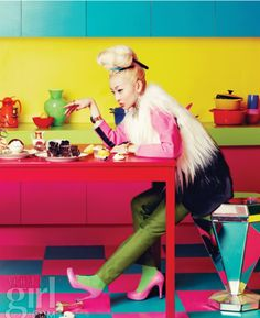vogue girl love a huge top knot style bun, and blonde hair on Asian girl exquisite