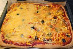 Und natürlich muss es beim Pizza-Stammtisch von Jutta auch Pizza geben. Dieses Prachtexemplar mit Pizzaschmelz wurde von allen genossen. Bitte mich das nächste Mal auch zum Stammtisch einladen ;-)