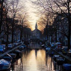 Amsterdam reflections 💦 (📷: @tomjauncey) #bdteam