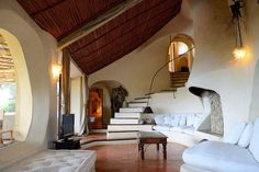 Savin Couëlle, Villa in Porto Cervo, Sardinia. Natural reeds cover the plaster ceiling.
