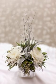 Top 18 Beautiful Christmas Wedding Centerpieces Ideas Married in Christmas? There are many benefits to getting married in this Christmas atmosphere. One of them is by combining elements of Christmas decorations at a wedding. There are many sp… Christmas Wedding Centerpieces, Winter Centerpieces, Floral Centerpieces, Christmas Decorations, Centrepieces, Graduation Centerpiece, Quinceanera Centerpieces, Tall Centerpiece, Centerpiece Wedding