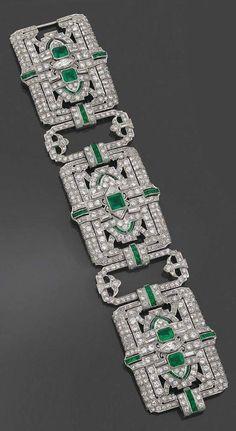 Art déco Diamonds and Emeralds Bracelet