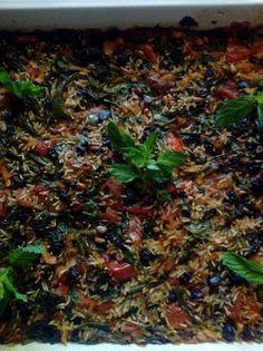 Τεμπέλικα γεμιστά Greek Recipes, Sprouts, Vegetables, Kitchen, Food, Cooking, Kitchens, Essen, Greek Food Recipes