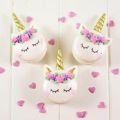 Unicorn macaron. Le Petit Macaron.