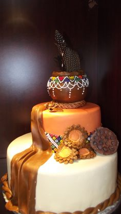 African Pot wedding cake