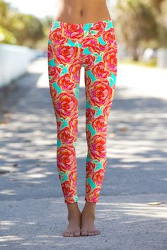 These eco-friendly printed performance high waisted leggings are made from the highest quality, most opaque, soft stretch fabric with excellent shape recovery. The banded waist sits comfortably on the