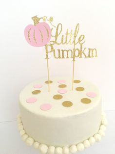 18 Fall-tastic Ideas for a Pumpkin-Themed Baby Shower via Brit Co halloween babyshower ideas Pumpkin 1st Birthdays, Pumpkin Birthday Parties, Pumpkin First Birthday, Baby Girl First Birthday, First Birthdays, Birthday Ideas, Birthday Fun, Birthday Cake, Baby In Pumpkin