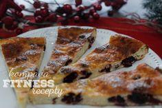 Tvarohový koláč s proteinem Dessert Recipes, Desserts, French Toast, Breakfast, Food, Tailgate Desserts, Morning Coffee, Deserts, Essen