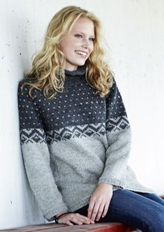 Strik en skøn sweater i økologisk bomuld - FamilieJournal. Knitting Stitches, Hand Knitting, Rowan Felted Tweed, Icelandic Sweaters, Hand Knitted Sweaters, Fair Isle Knitting, Sewing Clothes, Knitwear, Knitting Patterns