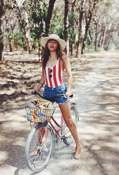 These cute fourth of July outfits are perfect to wear on a warm summer  night. There s nothing better than representing America with an American  flag top fa68e619d53