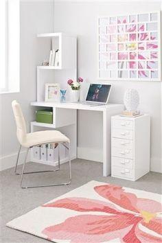 Milano White Desk me want it!