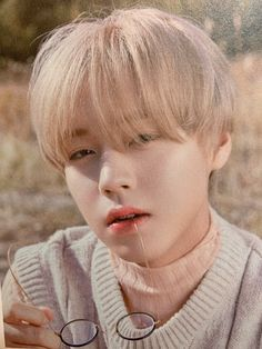 Park Jihoon Produce 101, Home Photo Shoots, Solo Music, Take A Shot, Kdrama Actors, My Youth, My Soulmate, Coups, Personal Photo
