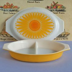 Pyrex Daisy: Oh pyrex how I adore you and you make me smile