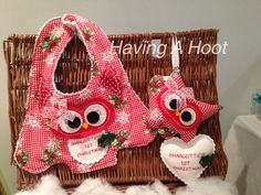 ❤️ Bespoke , Matching Christmas Hoot Bib and Hoot of Love ❤️ Personalised ❤️