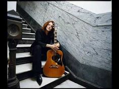 Rosanne Cash - Seven Year Ache I'm not into country music but there are some songs that I do like and this is one of them.