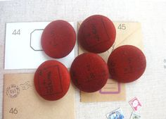 Fabric Buttons Covered Buttons Fridge Magnets Number by RetroNaNa, $6.00 Covered Buttons, Script, Magnets, Coasters, Number, Fabric, Tejido, Script Typeface, Tela