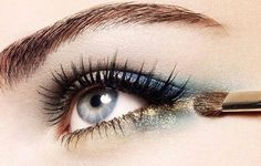 An unexpected twist with an upside down cat eye in another color <3