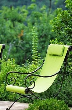 Furniture can be the jewelry for the garden
