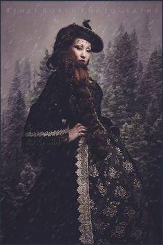 Fantasy gothique de Renaissance ou médiéval par RomanticThreads