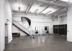 Black, White and Minimal all over - Jewel Street Studios | Plastolux