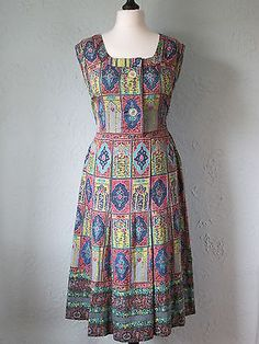 Original Vintage 50s 60s Bright Printed Summer Day Dress Large Buttons 12