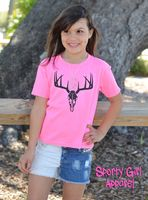 Kids Outfits Girls, Shirts For Girls, Girl Outfits, Cute Outfits, Fashion Outfits, Neon Pink Shirts, Little Country Girls, Girls Showing Off, Deer Skulls
