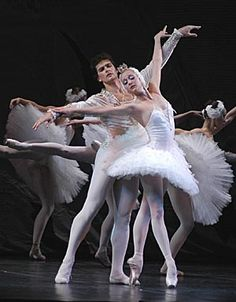 CES at Frostburg State University presents  Russian National Ballet Theatre Swan Lake Thursday, March 12 • 7:30 PM Drama Theatre  FSU Performing Arts Center Swan Lake tells the story of the swan queen Odette – a beautiful maiden transformed into a swan by an evil sorcerer – and the prince who swears his enduring love for her. It's a tour de force work of good triumphing over evil.