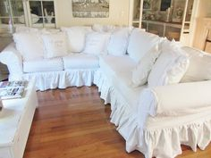 Love love love! - Junk Chic Cottage  I WANT THIS SLIPCOVER FOR OUR COUCH!!!    12oz. white denim