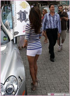 Eva Longoria hair- love it! I strive to look like this from behind.