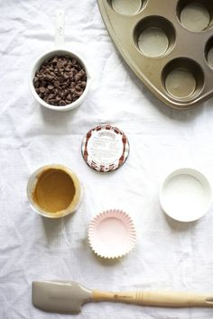 Two Easy Peanut Butter Dessert Recipes for Summer   The Everygirl
