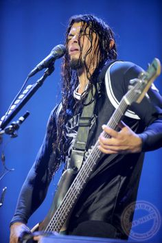 Robert Trujillo by Ross Halfin Photography. Jason Newsted, Cliff Burton, Robert Trujillo, James Hetfield, Dave Mustaine, Metallica, Ron Mcgovney, Bass, Easy Listening
