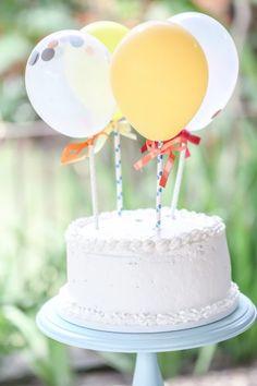 Aniversário de 2 anos do Caê | Macetes de Mãe Tiered Cakes, 2 Year Anniversary, Fiestas, Little Puppies, Ideas, Diy Dog, Falling Down, Meet, Tarts