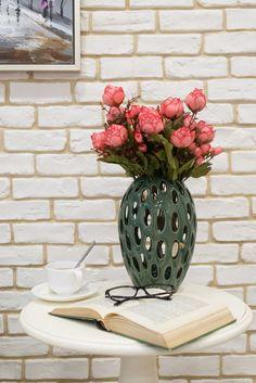 Alocă-ți timp pentru puțină relaxare! #vaza decorativa #masuta de cafea #tablou #living decoratiuni pentru living