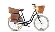 Dutch Bike & Accessories …I could do grocery errands and use a dog basket in front for Sophie…Love these! Velo Vintage, Vintage Bicycles, Art Vintage, Style Vintage, Cycling Bikes, Cycling Art, Dutch Bicycle, Velo Cargo, Dog Sling