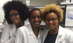 Black Women Are Speaking Out To Show The World #WhatADoctorLooksLike These women prove that #BlackGirlMagic runs deeps within the medical professional world.