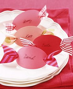 Candy Placecards - How adorable is that?? instead of gift tags, and just loop the regular package ribbon thru the cards' ribbon