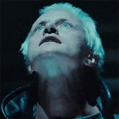 Blade Runner Rutger Hauer as Roy Batty in the elevator to the end action sequences. Blade Runner Soundtrack, Film Blade Runner, Blade Runner 2049, Daryl Hannah, Harrison Ford, Fiction Movies, Science Fiction, Edward James, Portraits