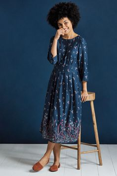 A fit and flare, below-the-knee length ladies' dress in viscose twill with a unique Seasalt print. A versatile dress to take you from autumn through to spring. #seasaltcomfortandjoy