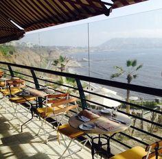 Ven a disfrutar del #verano en Larcomar... delicioso estar frente al mar.