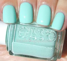 great color, got my pedicure done with it and now i'm ordering it.