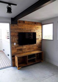 Best Rustic TV Wall Decor Idea for Living Room Design Pallet Furniture Tv Stand, Pallet Tv Stands, Diy Furniture, Wooden Pallet Crafts, Wooden Decor, Rack Pallet, Deco Tv, Tv Wanddekor, Modern Tv Wall