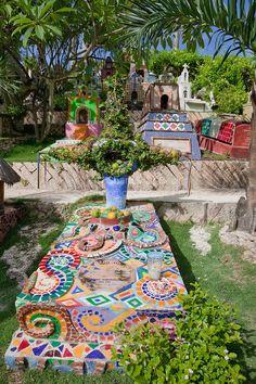 Le Cimetière de Xcaret (Mexique) - Crédit Photo : Charles O. Cecil