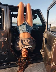 64 Most Popular Ideas For Summer Photography Poses Best Friends Jeep Photos, Poses Photo, Summer Goals, Insta Photo Ideas, Summer Aesthetic, Summer Pictures, Car Pictures, Friend Pictures, Belle Photo