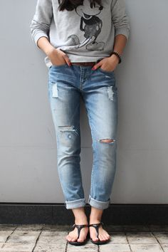 How to rip your own jeans