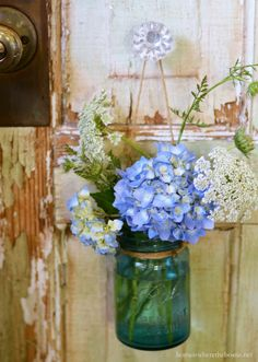 Ball Jar bouquet of hydrangea and Queen Anne's lace | homeiswheretheboatis.net