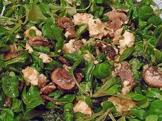 Feldsalat mit gebraten Pilzen und Schafskäse, ein schmackhaftes Rezept aus der Kategorie Eier & Käse. Bewertungen: 9. Durchschnitt: Ø 3,9.