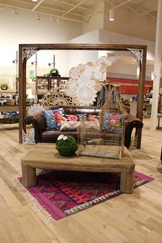 pretty!  love the rug and the fossilized doilies