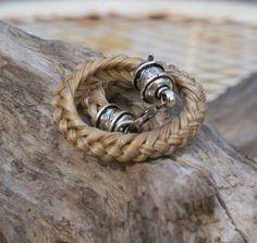 Satin-Blonde geflochten Rosshaar Armband mit von HazelsHandcrafted