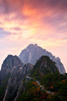 Lotus Peak Huangshan, China, by AS, on 500px(Trimming)