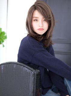 【ミディアム】センターパート大人おしゃれモード/livingu omotesandoの髪型・ヘアスタイル・ヘアカタログ|2016冬春